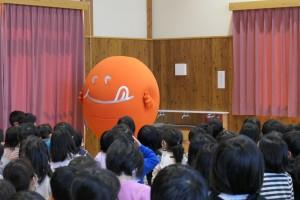 須坂旬ちゃん学校訪問2